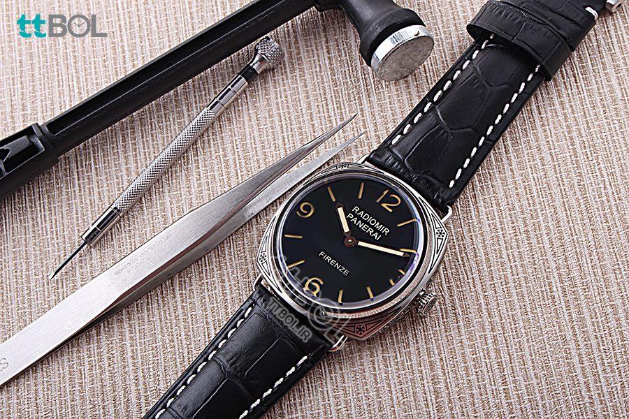 ساعت مردانه بند چرم لومینور پنرای