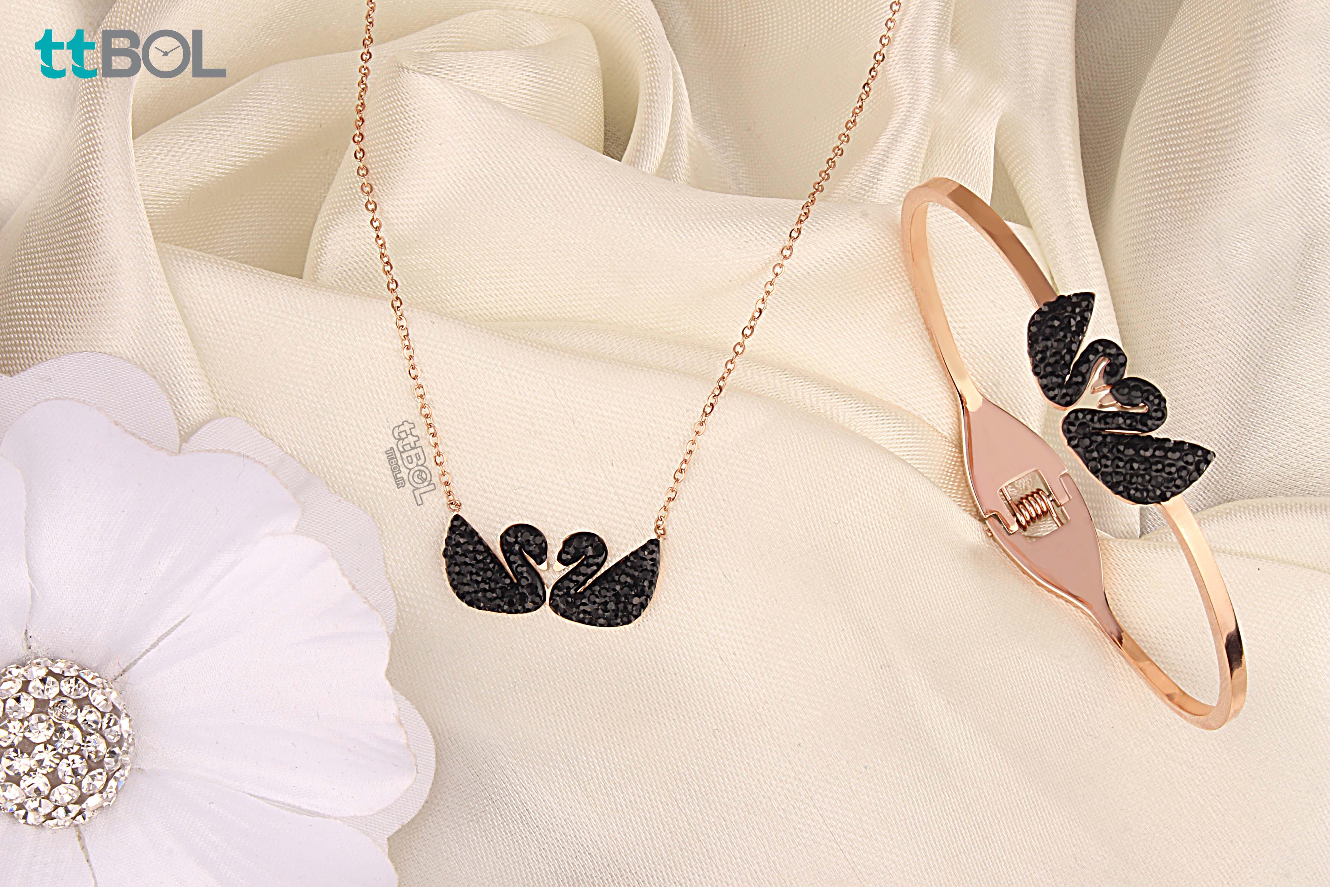 گردنبند و دستبند زنانه سواروسکی