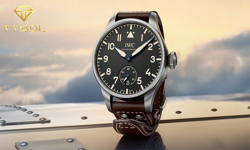 ساعت خلبانی چیست و چه کاربردی دارد؟