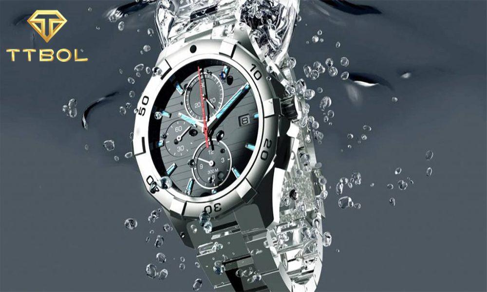 مقاومت به آب ساعت خود را بررسی کنید.